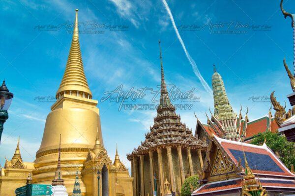 Grand Palace and Wat Phra Kaew With Cloud and Blue Sky, Bangkok, Thailand